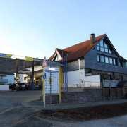 Tankstelle  mit Zweifamilienwohnhaus